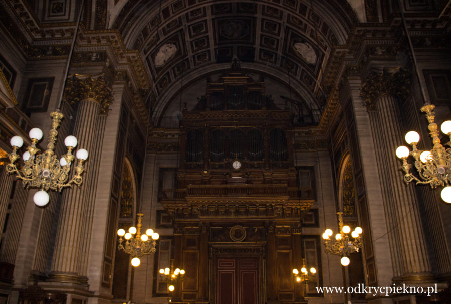 Kościół Sw. Magdaleny w Paryżu